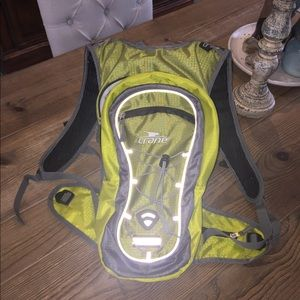Crane Hydration Backpack - Green with Reflectives